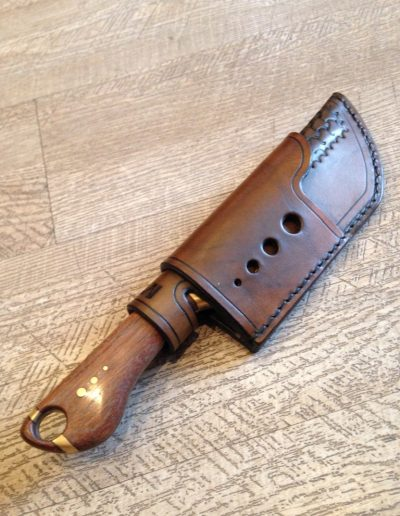 Etui couteau cuir personnalisé