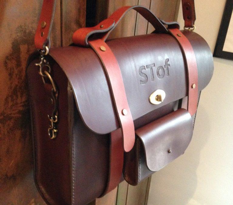 Création cuir personnalisée